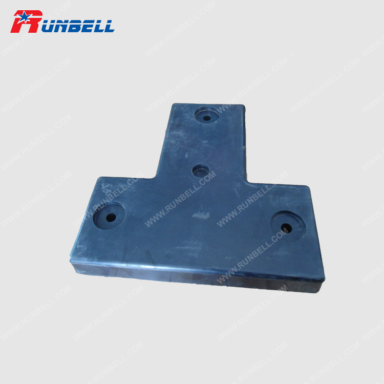MOLDED BUMPER - RB32222