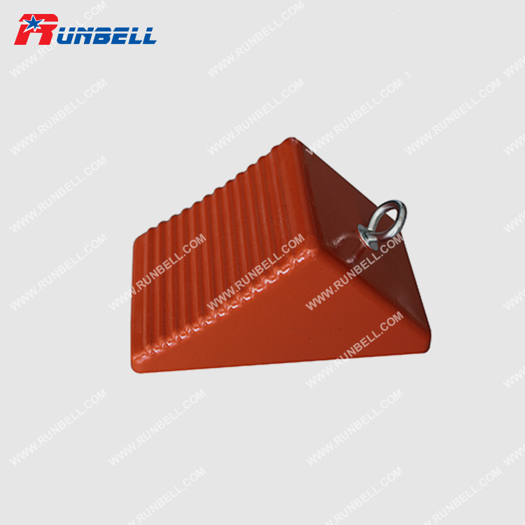RUBBER WHEEL CHOCK - TS012G