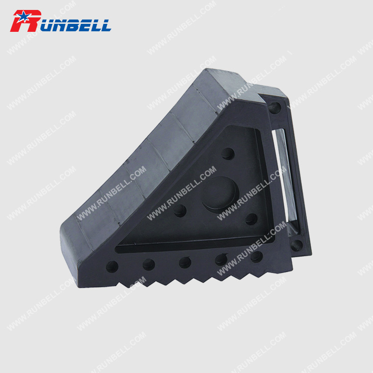 RUBBER WHEEL CHOCK - TS001