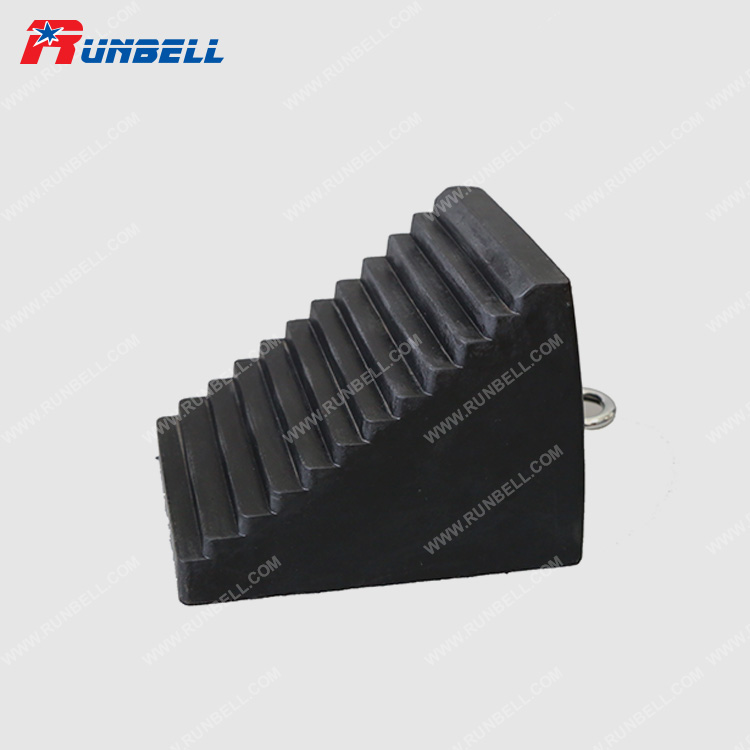 RUBBER WHEEL CHOCK - TS002