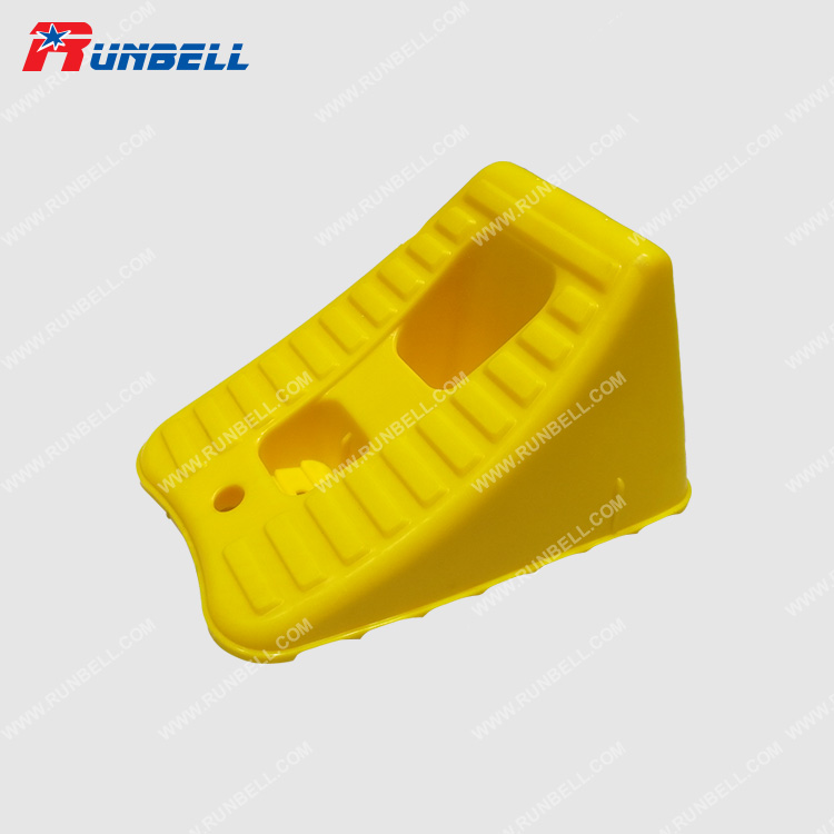 PLASTIC WHEEL CHOCK - TS202