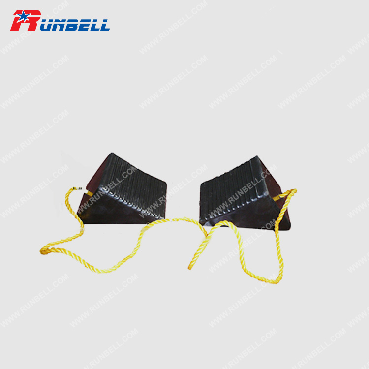 RUBBER WHEEL CHOCK - TS012