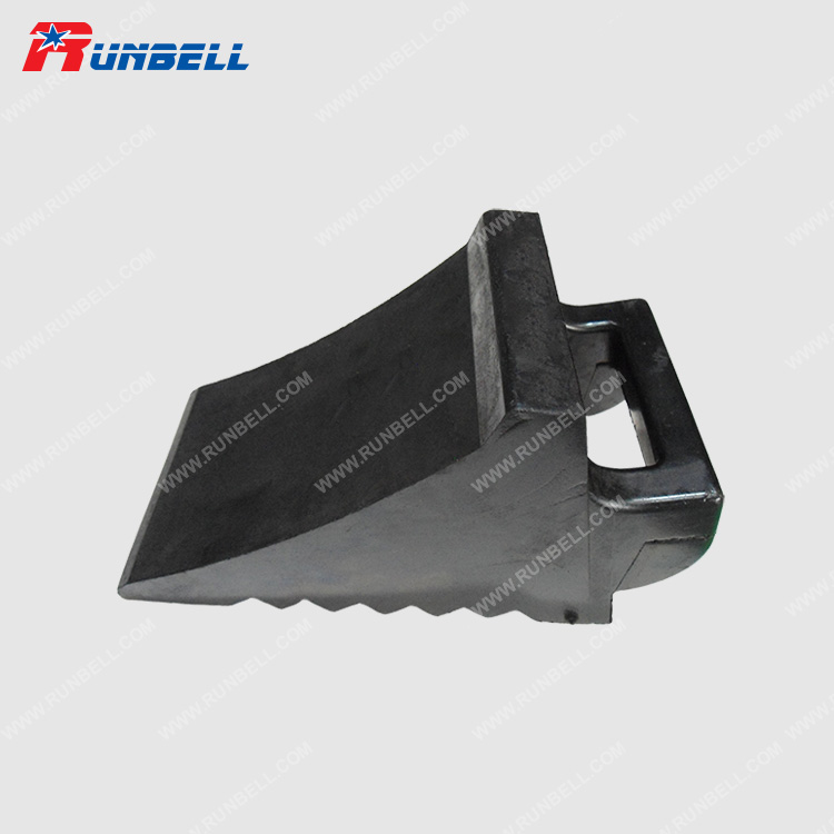 RUBBER WHEEL CHOCK - TS237