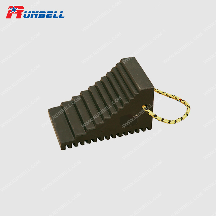 RUBBER WHEEL CHOCK - TS234