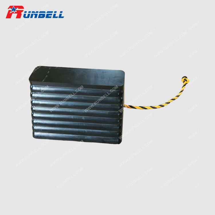 RUBBER WHEEL CHOCK - TS105R