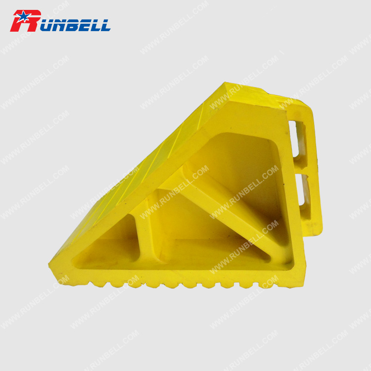 YELLOW RUBBER CHOCK - TS004G