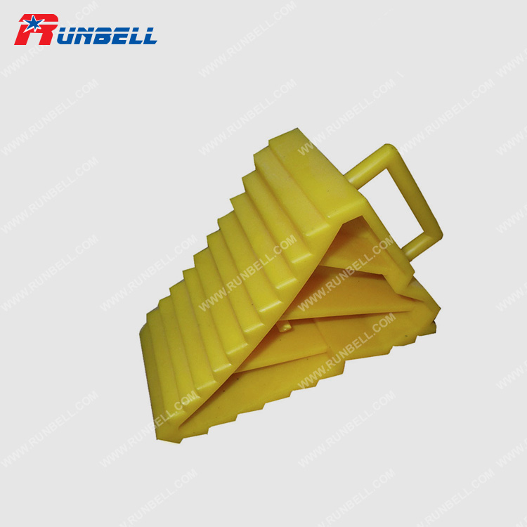 PLASTIC WHEEL CHOCK - TS008