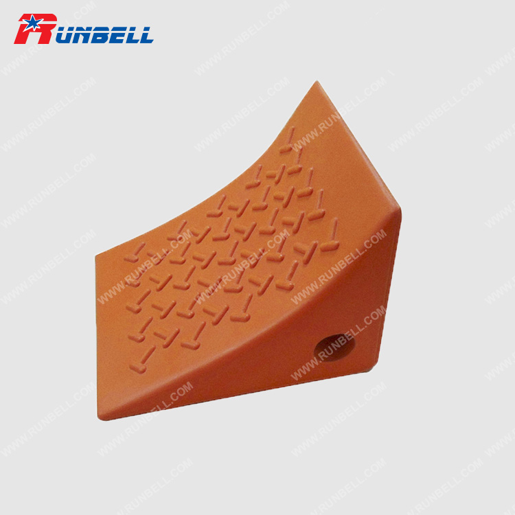 PU WHEEL CHOCK - TS768