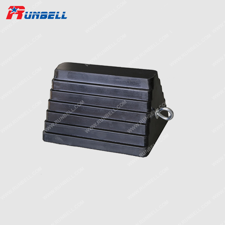 RUBBER WHEEL CHOCK - TS003
