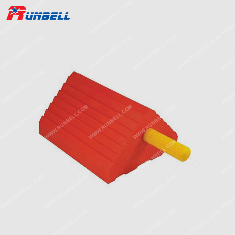 URETHANE WHEEL CHOCK WITH HANDLE - TS016PU-6